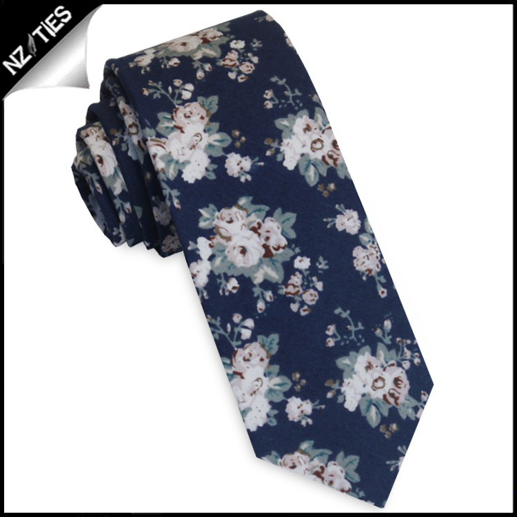 Navy with Dusky & White Floral Pattern Skinny Tie