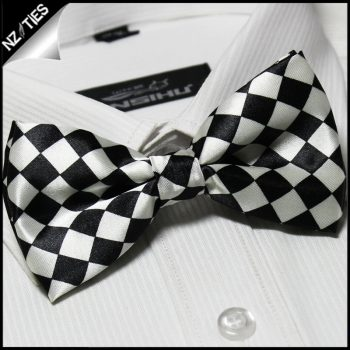 Black & White Harlequin Bow Tie