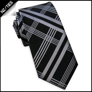 Black With Silver Lattice Slim Tie
